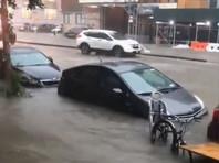 В городе Нью-Йорк были сильно подтоплены улицы и дороги в боро Бруклин и Куинс. Возникли проблемы с автомобильным движением. Кроме того, произошли протечки на станциях метрополитена