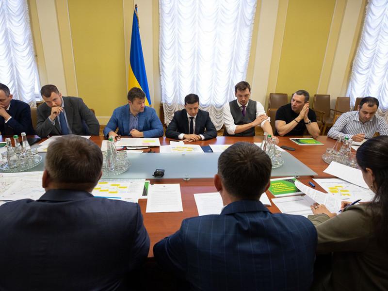 В партии нового президента Зеленского заявили, что Украина не будет переименовывать Россию в Московию