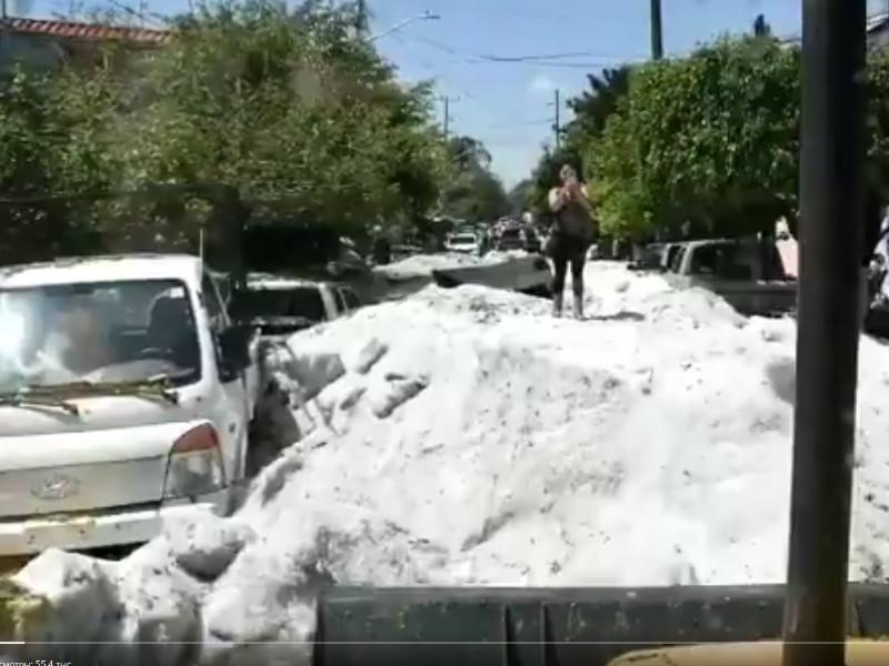 Города в мексиканском штате Халиско засыпало градом