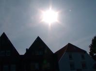 В Западной Европе жара третий день подряд переписывает рекорды (Видео)
