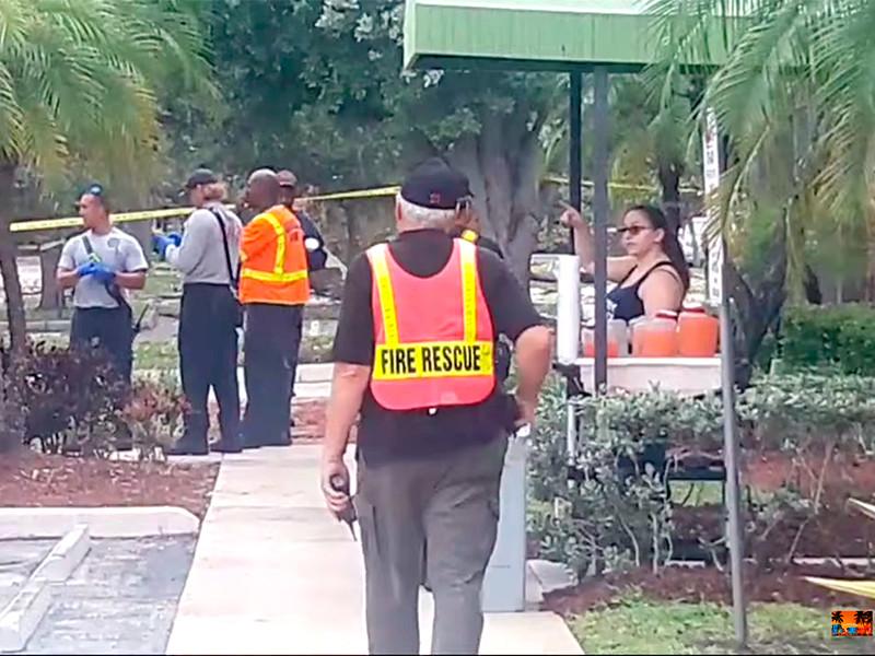 Взрыв газа обрушил крышу торгового центра во Флориде, есть пострадавшие