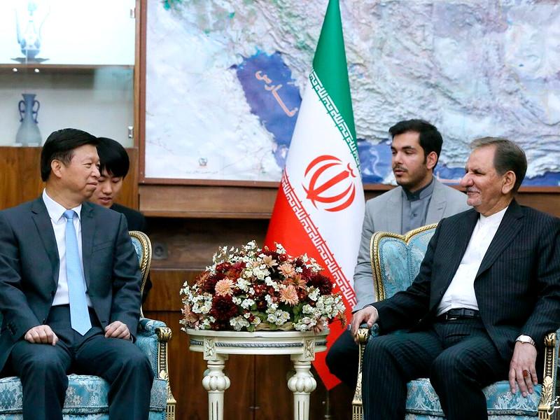 Первый вице-президент Ирана Эсхак Джахангири встретился с главой отдела международных связей Центрального Комитета Коммунистической партии Китая Сун Тао