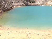 """""""Испанские Мальдивы"""" оказались заброшенным вольфрамовым рудником в комарке Бергантиньос автономного сообщества Галисия. Ради красивых снимков люди лезут в воду"""