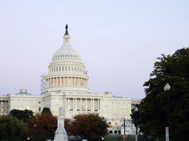 Группа членов Палаты представителей Конгресса США внесла на рассмотрение новый законопроект, предполагающий введение санкций против 24 сотрудников ФСБ РФ в связи с арестом в России украинских моряков