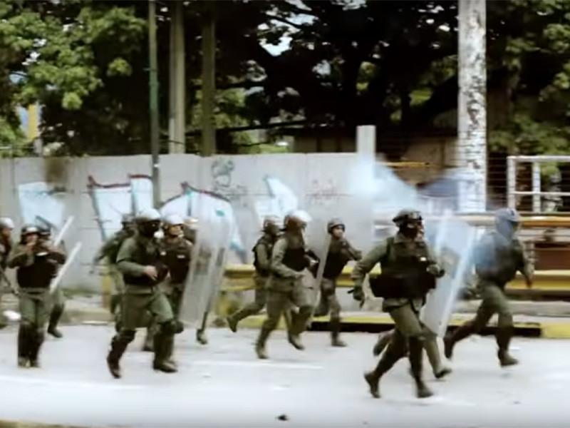 Жертвами операций служб безопасности Венесуэлы за 2018 год стали более 5 тысяч человек. Таким образом, руководство страны запугивает венесуэльцев, чтобы сохранить власть