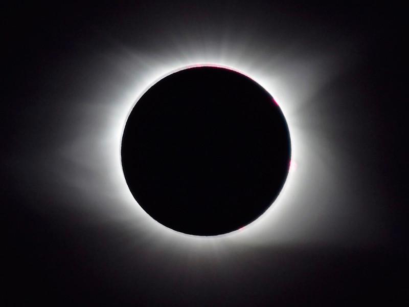 2 июля земляне станут свидетелями полного солнечного затмения