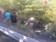 В турецкой Анталье в ДТП с автобусом пострадали 25 туристов (ВИДЕО)