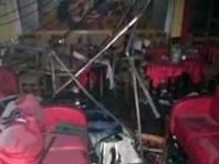 По данным властей, в нападении на увеселительное заведение участвовали не менее 10 человек. Они устроили пожар в баре, после чего открыли огонь из стрелкового оружия по людям, выбегавшим из помещения