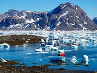 """По словам источников издания, """"Трамп спрашивал советников, могут ли США купить Гренландию, слушал с интересом, когда они обсуждали ее богатые ресурсы и важность с точки зрения геополитики"""""""
