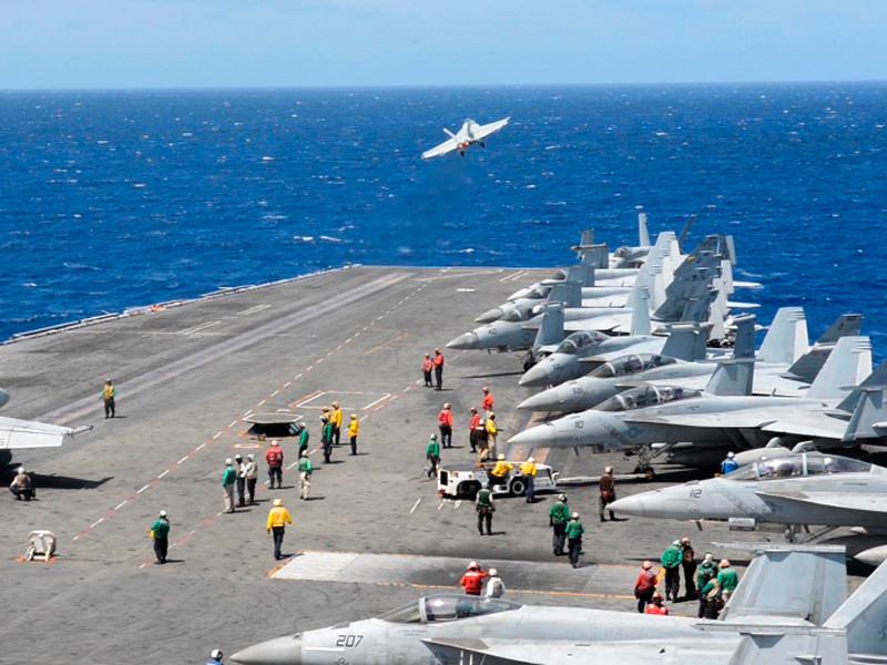 """США направили авианосец Ronald Reagan в Южно-Китайское море"""" />"""