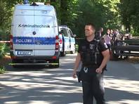 В полдень в пятницу, 23 августа, в Берлине в парке Малый Тиргартен, что в пешей доступности от ведомства канцлера и здания Рейхстага, велосипедист подъехал сзади к мужчине, который шел на пятничную молитву. Убийца, как говорят свидетели, выстрелил в жертву из пистолета - сначала в спину, затем контрольным выстрелом - в голову