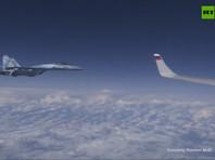 Российский самолет в сопровождении как минимум одного истребителя был замечен над Балтийским морем ранее сегодня