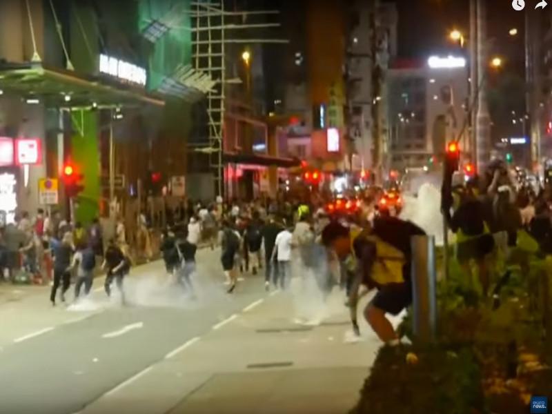 Лидеры протестов в Гонконге рассказали об угрозах, получаемых по смс и в соцсетях