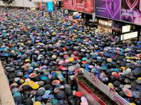 """Организаторы митинга из продемократического движения """"Гражданский фронт за права человека"""" рассчитывают собрать не менее 300 тыс. человек. Ожидается, что число участников шествия, которое обещано провести мирно, будет названо позже"""