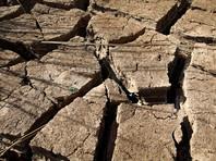 По оценкам специалистов, в случае повышения средней глобальной температуры более чем на 2 градуса по Цельсию плодородные земли превратятся в пустыни, произойдет разрушение построенной в районе вечной мерзлоты инфраструктуры, а засухи и экстремальные погодные явления начнут угрожать выращиванию и производству продуктов питания