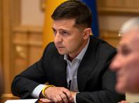 Президент Украины Владимир Зеленский сообщил, что обсудил с российским коллегой Владимиром Путиным по телефону ситуацию в Донбассе