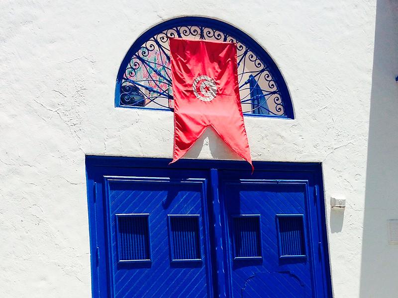 """В Тунисе суд заключил под стражу кандидата в президенты по подозрению в коррупции"""" />"""