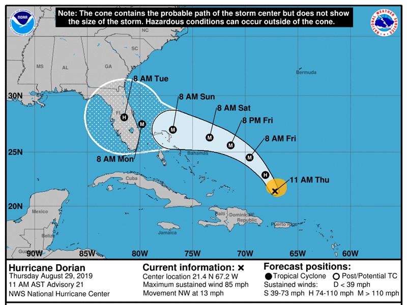"""Ураган """"Дориан"""" прошел Виргинские острова и надвигается на Багамы и Флориду"""