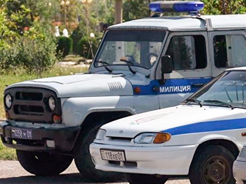 """Психически больной житель Таджикистана напал с ножом на военнослужащих российской базы"""" />"""