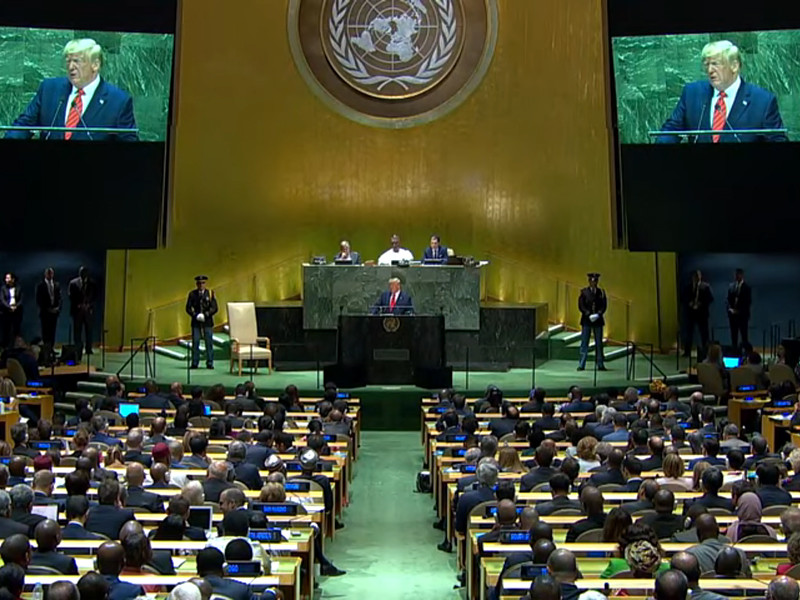 """Соцсети, истеблишмент и бюрократии Запада подрывают демократию, заявил Дональд Трамп с трибуны ООН"""" />"""