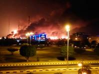 """В ночь на субботу предприятия Saudi Aramco на востоке страны были атакованы 10 беспилотными летательными аппаратами. Ответственность за это взяли на себя йеменские мятежники-хуситы из движения """"Ансар Аллах"""""""
