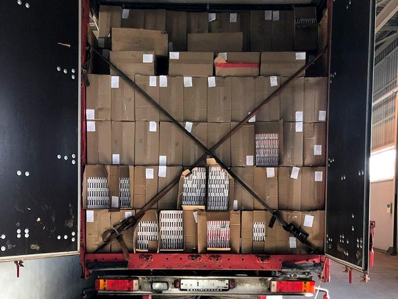 Литовская таможня задержала на границе с РФ контрабандный груз сигарет на 2 млн евро
