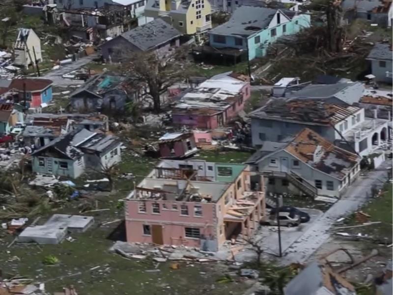 """Жертвами урагана """"Дориан"""" на Багамских островах и в США стали по меньшей мере 23 человека (ФОТО, ВИДЕО)"""" />"""