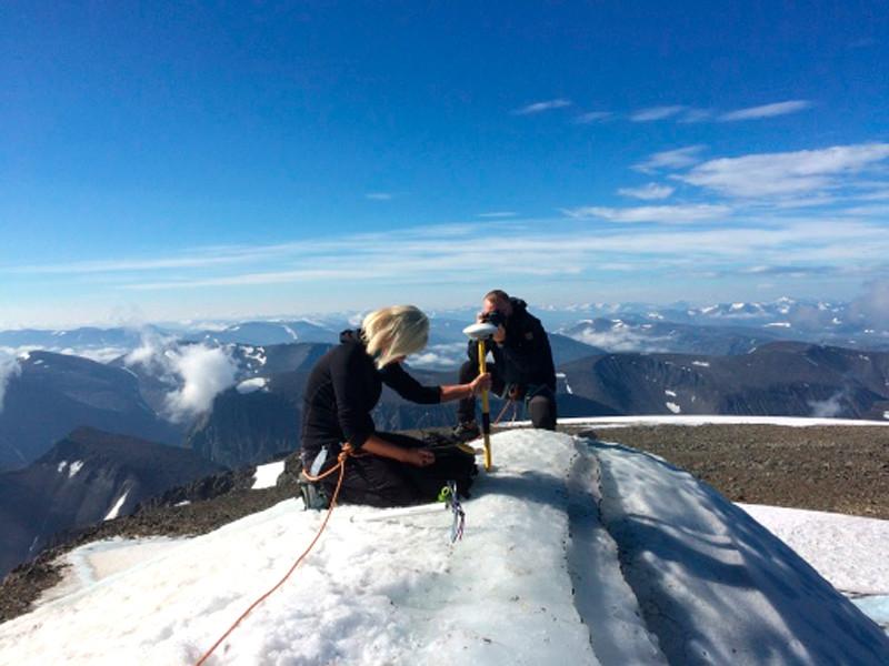 """Из-за таяния ледника шведская гора Кебнекайсе потеряла статус высочайшего пика в стране"""" />"""