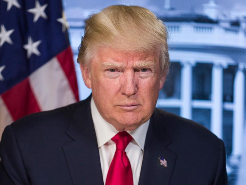 """Трамп создает новый орган вещания для """"настоящих новостей"""" взамен """"ужасного"""" CNN и """"Голоса Америки"""" c """"Радио Свобода"""""""