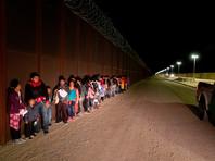 Власти США похвастались, что за год они задержали на границе с Мексикой почти миллион мигрантов