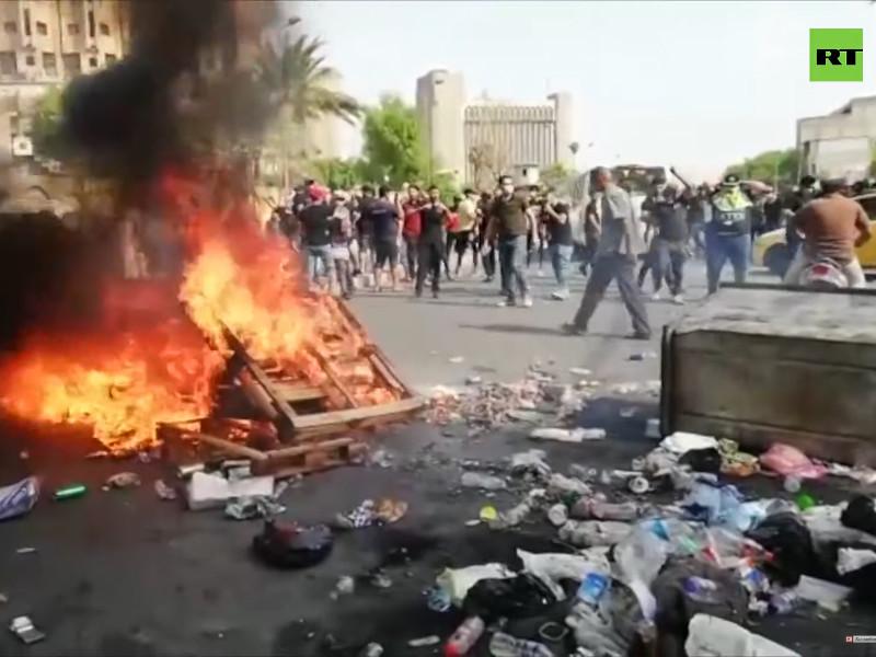 В Багдаде введен комендантский час на фоне антиправительственных протестов