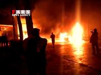 Манифестанты поджигали офисы банков и автозаправки. Беспорядки были отмечены в сотне населенных пунктов