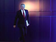 """Президент РФ """"открыл ящик Пандоры, полный возможных вариантов"""". """"Возникшая неопределенность выводит политическую элиту из равновесия, помогая Путину не стать хромой уткой, а остаться стержнем, вокруг которого вращается вся страна"""", - считает The New York Times"""