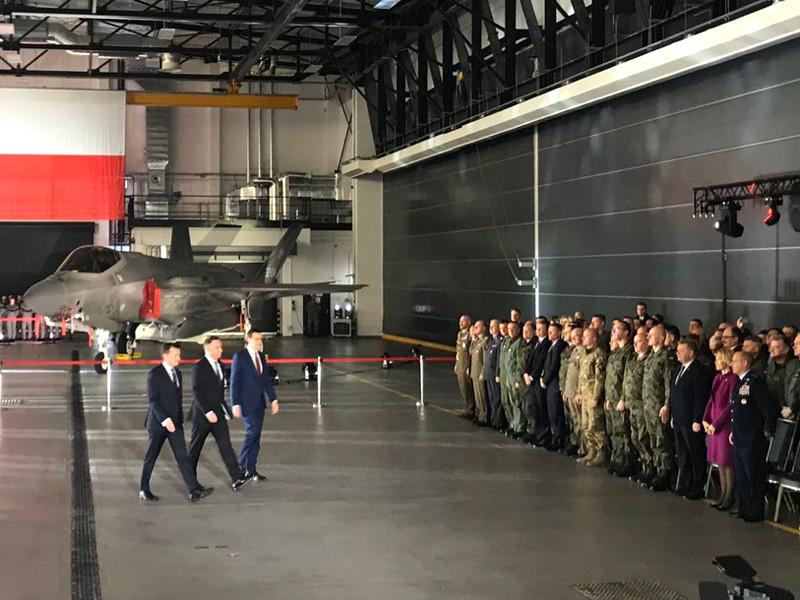 Власти Польши заключили с США соглашение о приобретении 32 истребителей-бомбардировщиков пятого поколения F-35