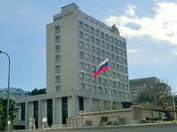Японская полиция направила в посольство РФ официальный запрос с просьбой способствовать явке на допрос двух сотрудников российского торгового представительства, подозреваемых в покупке секретных коммерческих данных у бывшего сотрудника телекоммуникационной компании Softbank