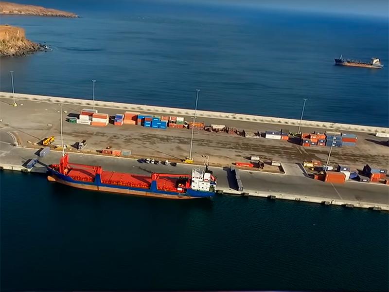 В Кабо-Верде умер задержанный российский моряк с судна, перевозившего 260 тюков кокаина
