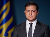 Как сообщается в Facebook офиса президента, Владимир Зеленский пообещал рассмотреть заявление Гончарука об отставке
