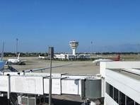 Российский самолет совершил жесткую посадку в аэропорту Анталии (ФОТО)