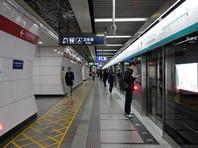 Метро Пекина с 31 января ввело обязательную проверку температуры тела для всех пассажиров