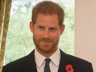 Британский принц Гарри впервые прокомментировал условия, на которых Букингемский дворец согласился освободить его с супругой Меган Маркл от исполнения королевских обязанностей