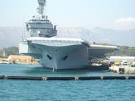 """Франция направит авианосец """"Шарль де Голль"""" в ближневосточный регион, заявил Эмманюэль Макрон"""