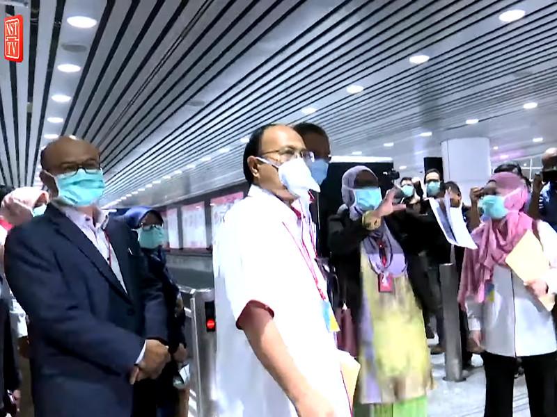 """В Малайзии за данные о коронавирусе, способные вызвать панику, грозит штраф в 12 тыс. долларов или 2 года тюрьмы"""" />"""