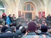 В Абхазии Рауль Хаджимба ушел с поста президента