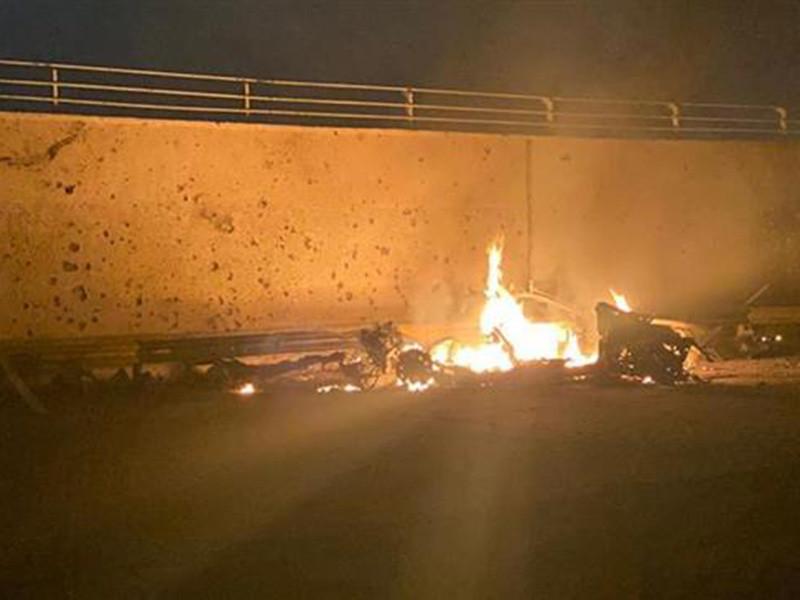"""В ночь на 3 января 2020 года размещенное в Ираке Объединенное командование специальных операций (USSOCOM) США ликвидировало в международном аэропорту Багдада командующего силами специального назначения """"Аль-Кудс"""" Корпуса стражей исламской революции (КСИР, элитные части ВС Ирана) генерала Касема Сулеймани, которого иранские СМИ называют """"другом Путина"""""""
