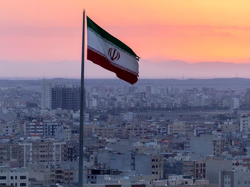 """Совет нацбезопасности Ирана постановил отомстить США за убийство генерала Сулеймани. Это случится """"в нужное время, в нужном месте"""""""