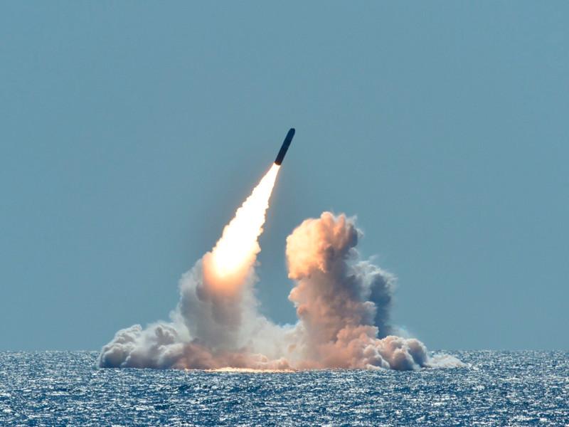"""США начали размещать на атомных подлодках новые ядерные боезаряды малой мощности, чтобы """"сдерживать"""" Россию"""" />"""