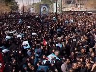 Сотни тысяч иранцев вышли на улицы городов, требуя мести за смерть генерала Сулеймани