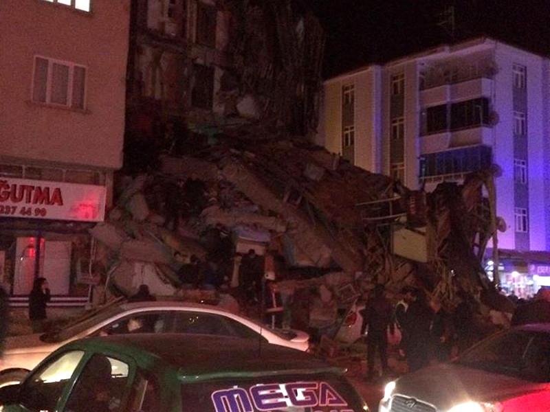 Разрушения в городе Элязыг