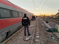 В Италии сошел с рельсов скоростной поезд: два человека погибли, около 30 пострадали (ФОТО, ВИДЕО)