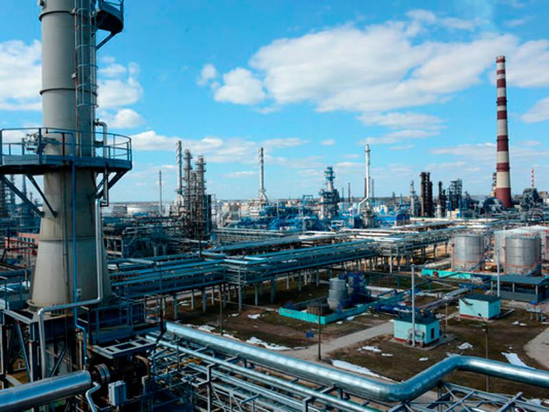 """Белоруссия и Россия подписали протокол о компенсации за """"грязную"""" нефть по 15 долларов за баррель"""